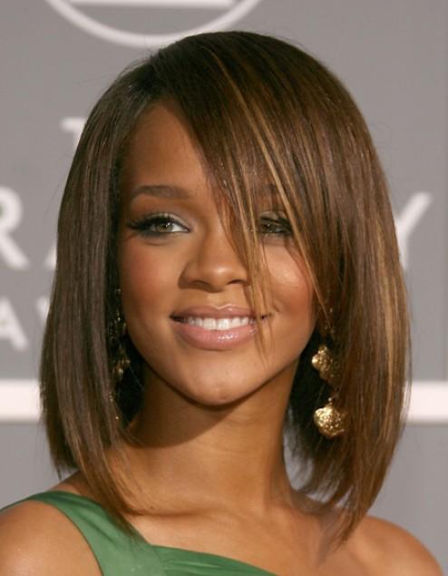 Rihanna Medium Bob Hairstyles