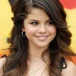 Selena Gomez Long Layered Hairstyles
