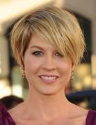 Jenna Elfman Cute Short Hair Styles
