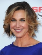Brenda Strong Short Hairstyles 2013