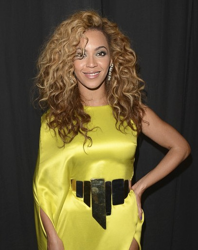 Beyonce Knowles Long Hairstyle 2013