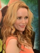 Leslie Mann Long Curly Hairstyles