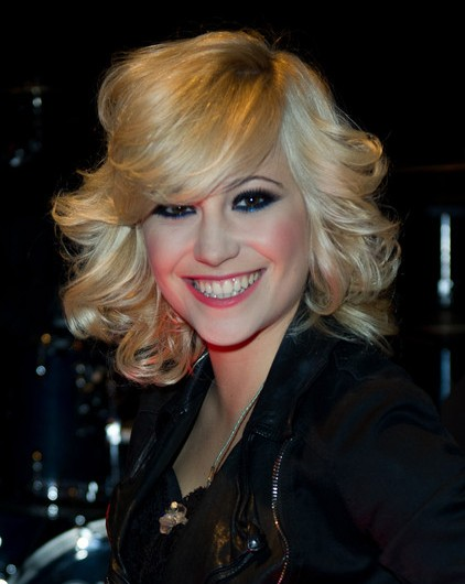 Medium Blonde Hairstyles jennifer aniston medium layered blonde hairstyle Medium Blonde Hairstyles 2013
