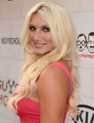 Brooke Hogan Light Golden Blonde Long Hairstyles