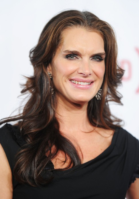 Brooke Shields Long Wavy Hairstyles