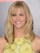 Brooklyn Decker Medium Layered Hairstyles 2013