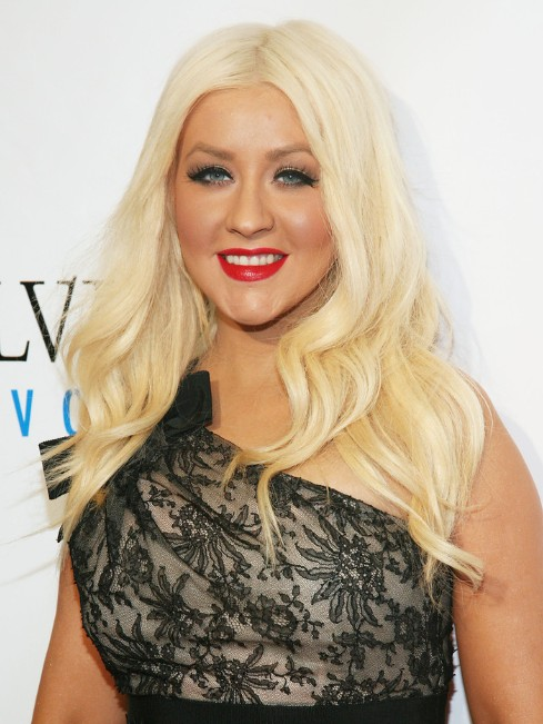 Christina Aguilera Layered Long Wavy Hairstyles Popular