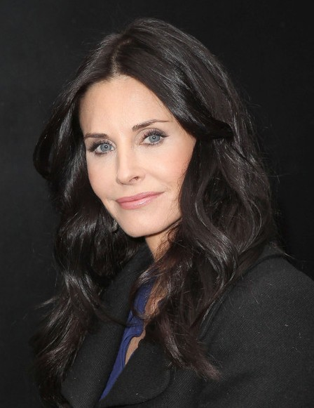 Courteney Cox Expresso Long Wavy Hairstyles Popular Haircuts