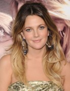 Drew Barrymore Long Layered Waves Hairstyles