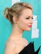 Emma Stone Hochsteckfrisuren für mittleres Haar