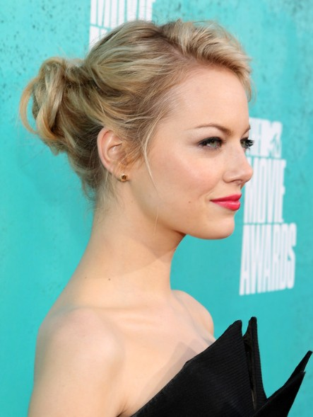 Great Emma Stone Hair Updo 443 x 589 · 47 kB · jpeg