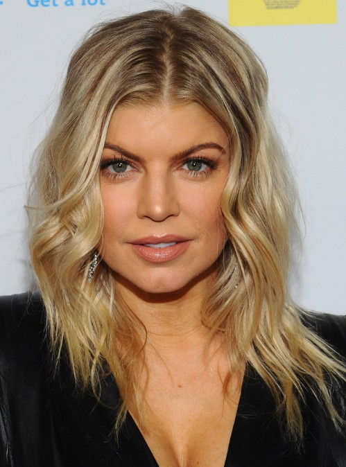 Fergie Medium Layered Hairstyle for Waves Hair 2013
