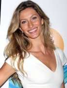 Gisele Bundchen Casual Long Hairstyles