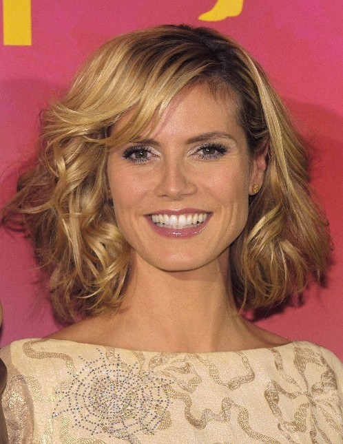 Heidi Klum Medium Curly Hairstyles for Women