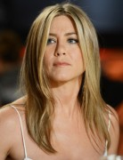 Jennifer Aniston Easy Medium Hairstyle 2013 for Straight Hair