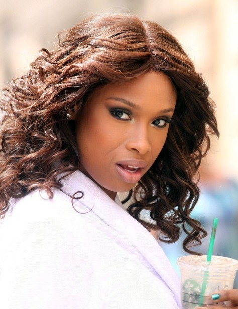 Jennifer Hudson Trendy Medium Curly Hairstyles 2013