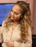Jennifer Lopez Loose Long waves Hairstyles 2013