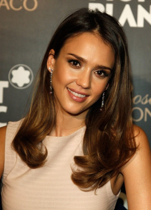 Jessica Alba Long Soft Curls Hairstyles