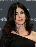 Kat Von D Shoulder Length Hairstyles 2013