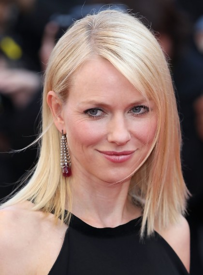 Naomi Watts Blunt Straight Hairstyle Popular Haircuts
