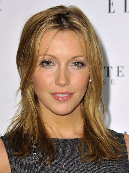 katie cassidy medium haircut the short and lovely straight shoulder ...