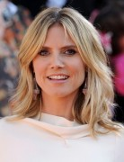 Heidi Klum Medium Razored Layered Haircuts