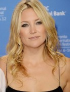 Kate Hudson Blonde Big Curls Hairstyles for Long Hair 2013