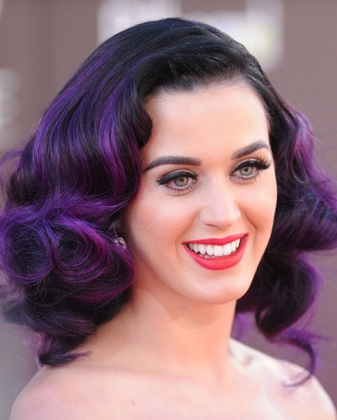 Katy Perry Trendy Curly Hairstyle for Medium Hair 2013