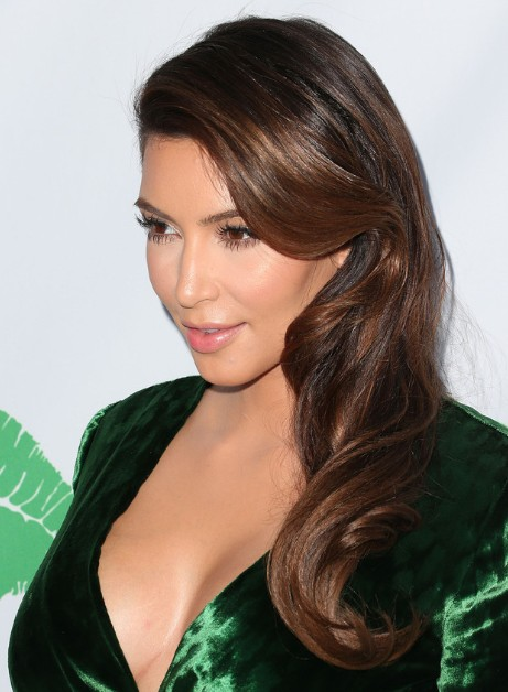 Kim Kardashian Loose Soft Waves Hairstyles