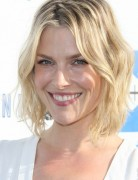 Layered, Short Wavy Haircuts, Ali Larter Hair