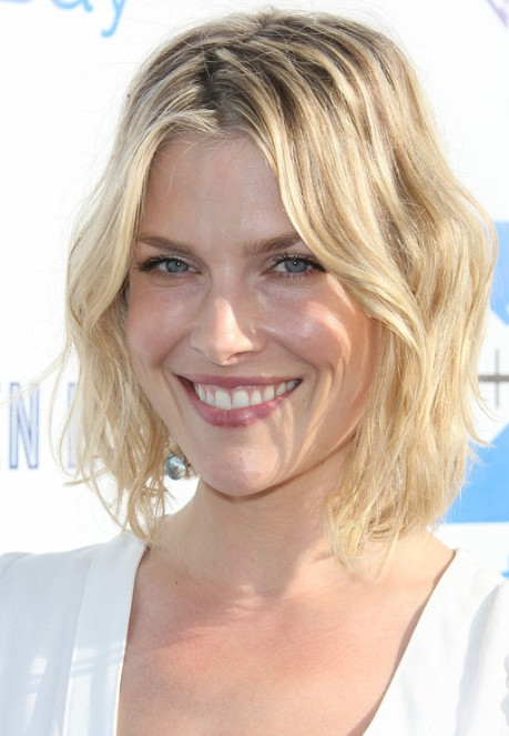 Layered Short Wavy Haircuts Ali Larter Hair PoPular Haircuts