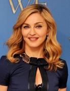 Madonna Medium Wavy Hairstyles