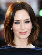 Short, Straight Hairstyles, Emily Blunt Hair