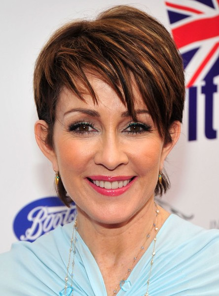 Patricia heaton trendy short layered hairstyle