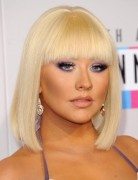 Christina Aguilera Blunt, Medium Bob Haircuts 2013