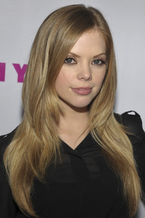 Dreama Walker, Trendy, Long Straight Haircuts