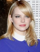 Emma Stone Sleek, Straight Shoulder Length Hairstyles
