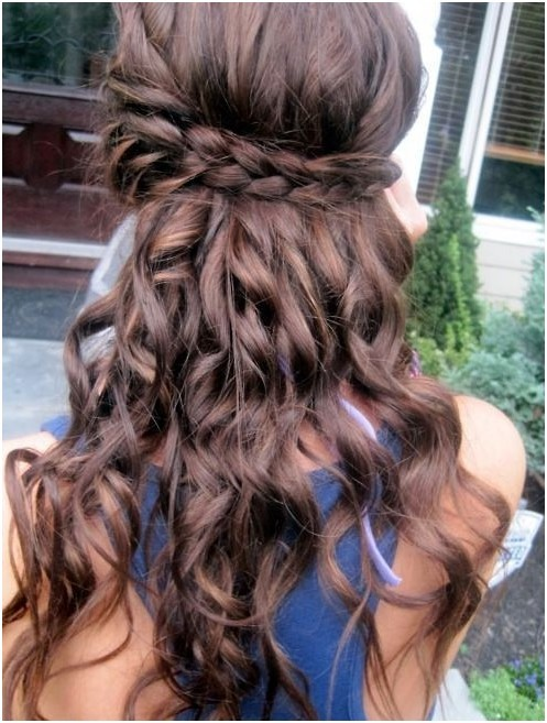 Loose Curls with Braid