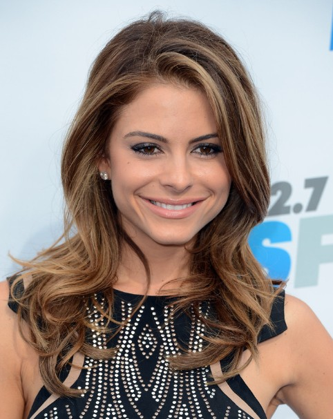 Maria Menounos Long Wavy Hairstyles 2013