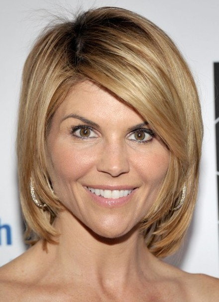 Ombre Bob Hairstyles, Lori Loughlin Short Hair/Getty Images