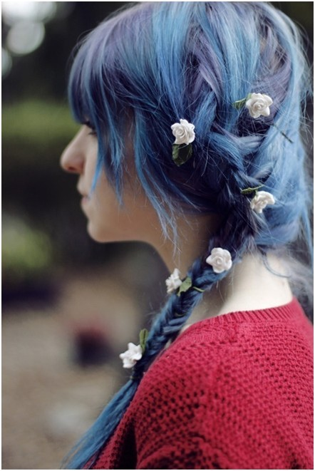 Side Swept Braid hairstyle, Trendy Braided Hair Styles for Girls