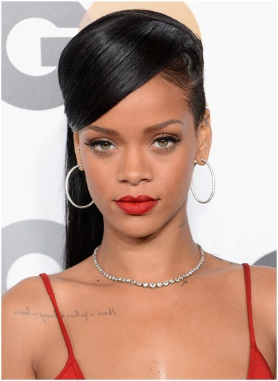 Pretty Classic Straight Ponytail Hairstyles: Rihanna Long Hair