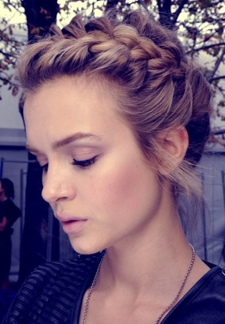 cute braid updo girls updo hairstyles blogging beauty