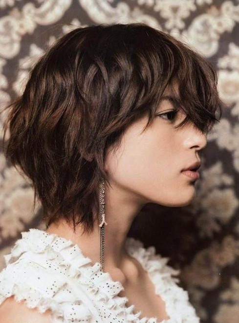 Short Hair On Neck Short Layered Haircuts PoPular Haircuts - Hairstyles for short hair layered