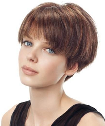 Summer Hairstyles for Short Hair, Blunt Haircut
