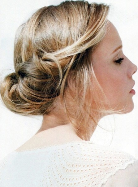 Simple Updo Hairstyle for Prom, Homecoming