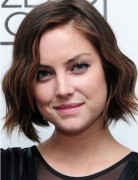 Wavy Hairstyles for Short Hair, Celebrity Haircuts