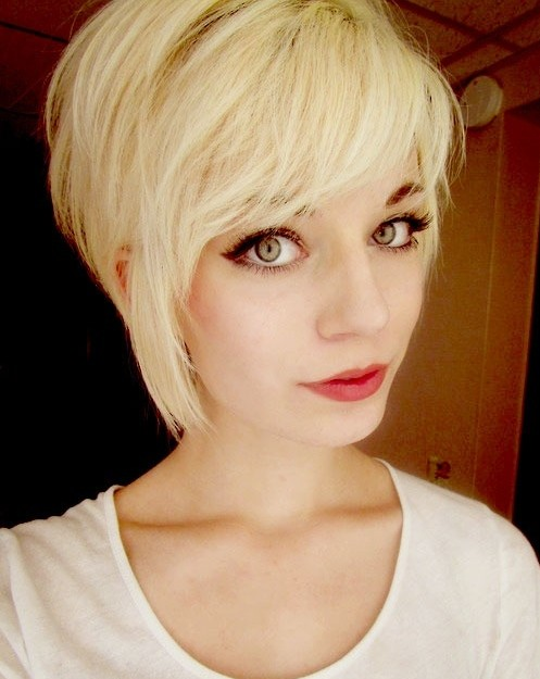 Trendy Short Hairstyle for Girls: Blonde Hair | PoPular Haircuts