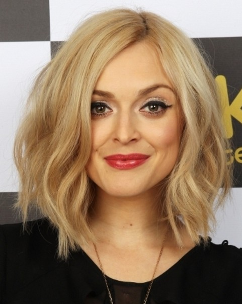 Layered Bob Haircut Blonde Hairstyles Popular Haircuts
