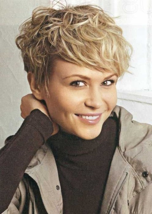 Picture of short messy hairstyles/ pinterest